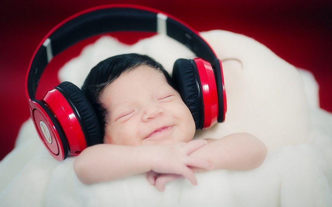 headphones baby wallpaper