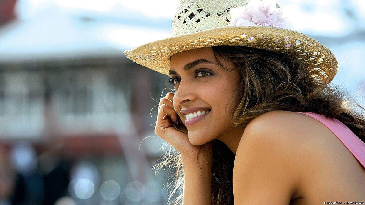 women actress Deepika Padukone wallpaper