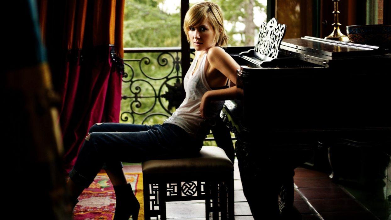 blondes women piano models wallpaper