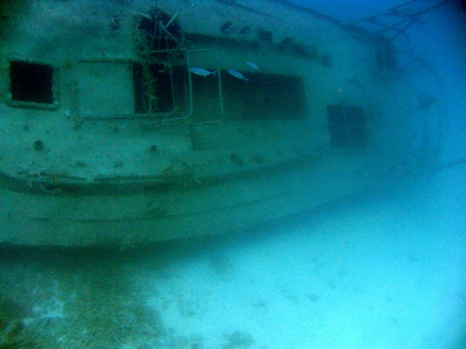 shipwrecks underwater wallpaper