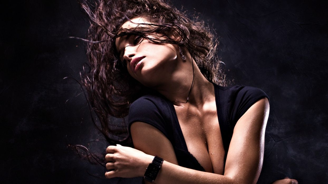 brunettes women cleavage wet lips earrings water drops watches holding boobs wallpaper