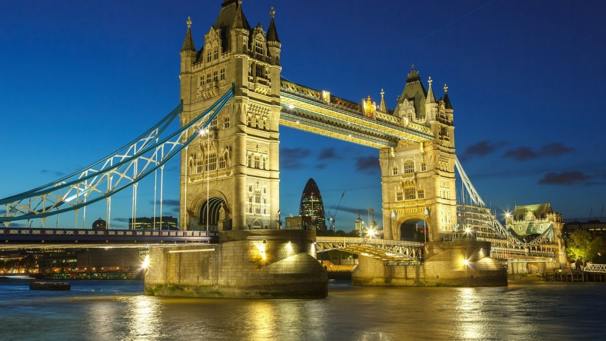 night London bridges wallpaper