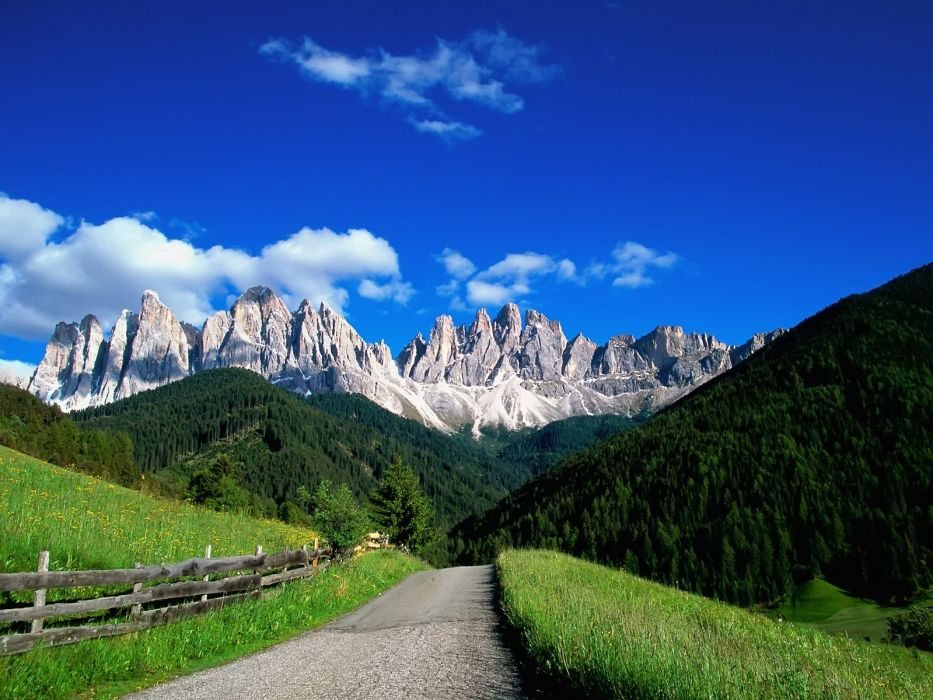 Italy sud-tirol odle Puez Odle Dolomites wallpaper