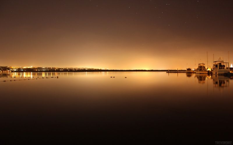 light horizon cityscapes night lights calm boats lakes rivers skyscapes docks harbours wallpaper