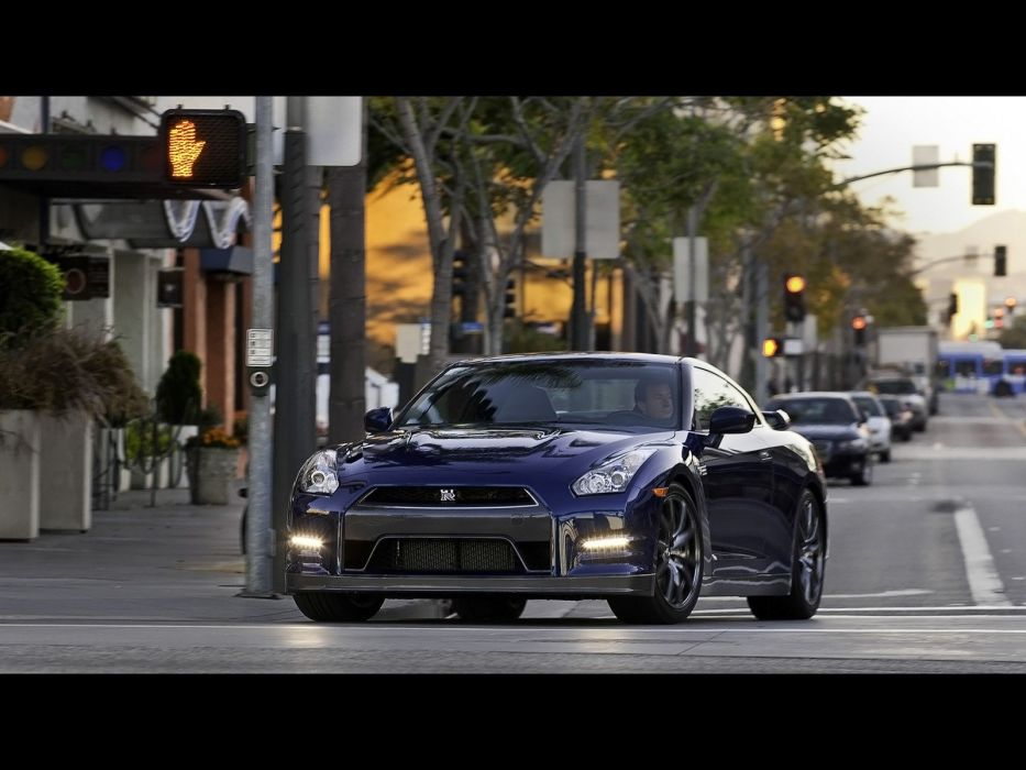 cars front Nissan GT-R R35 wallpaper