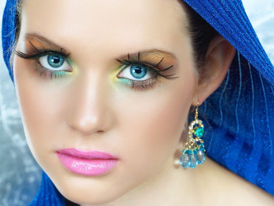 blue eyes faces wallpaper