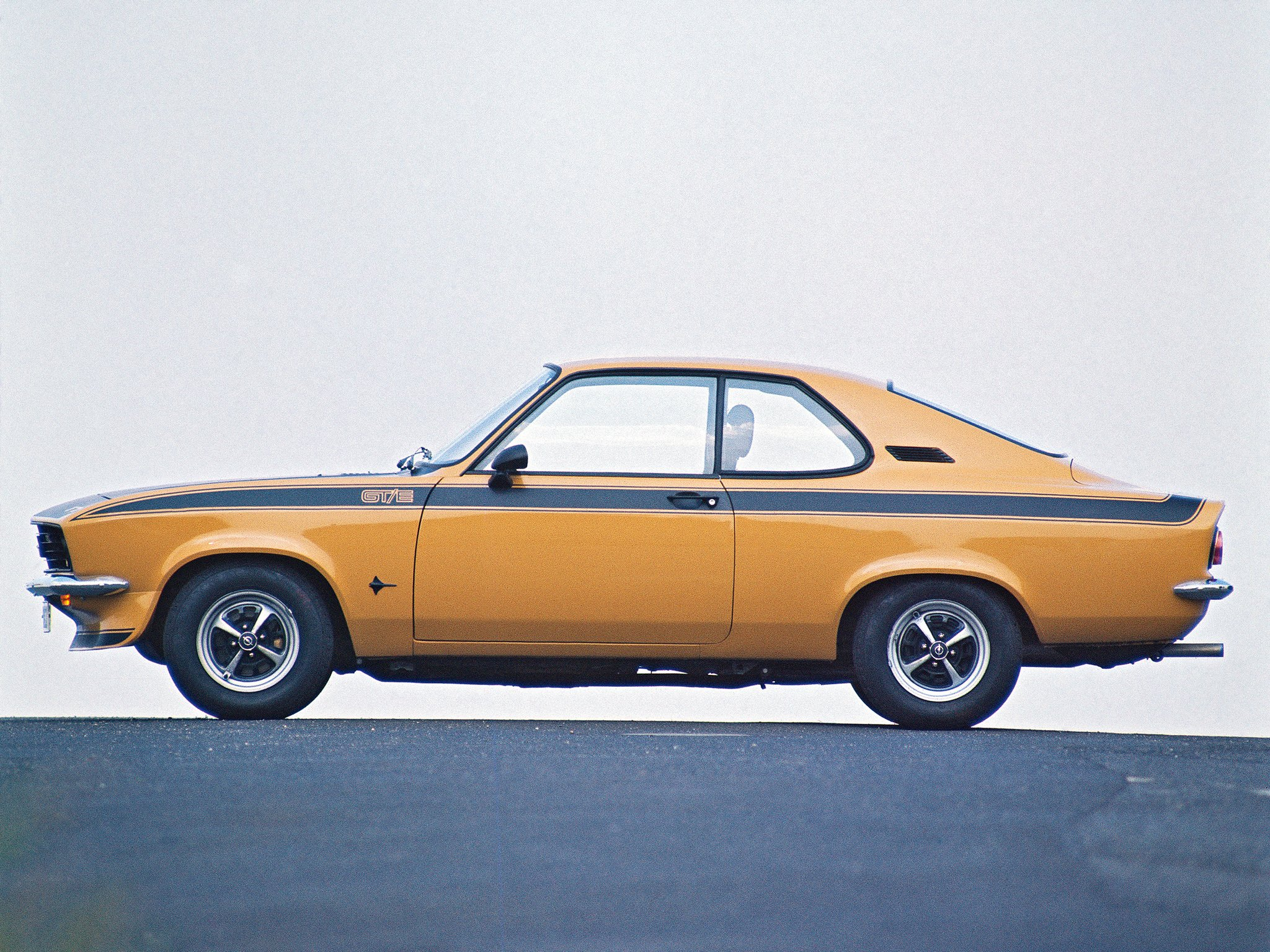 1974 opel manta gte t wallpaper 2048x1536 298205 wallpaperup. Black Bedroom Furniture Sets. Home Design Ideas