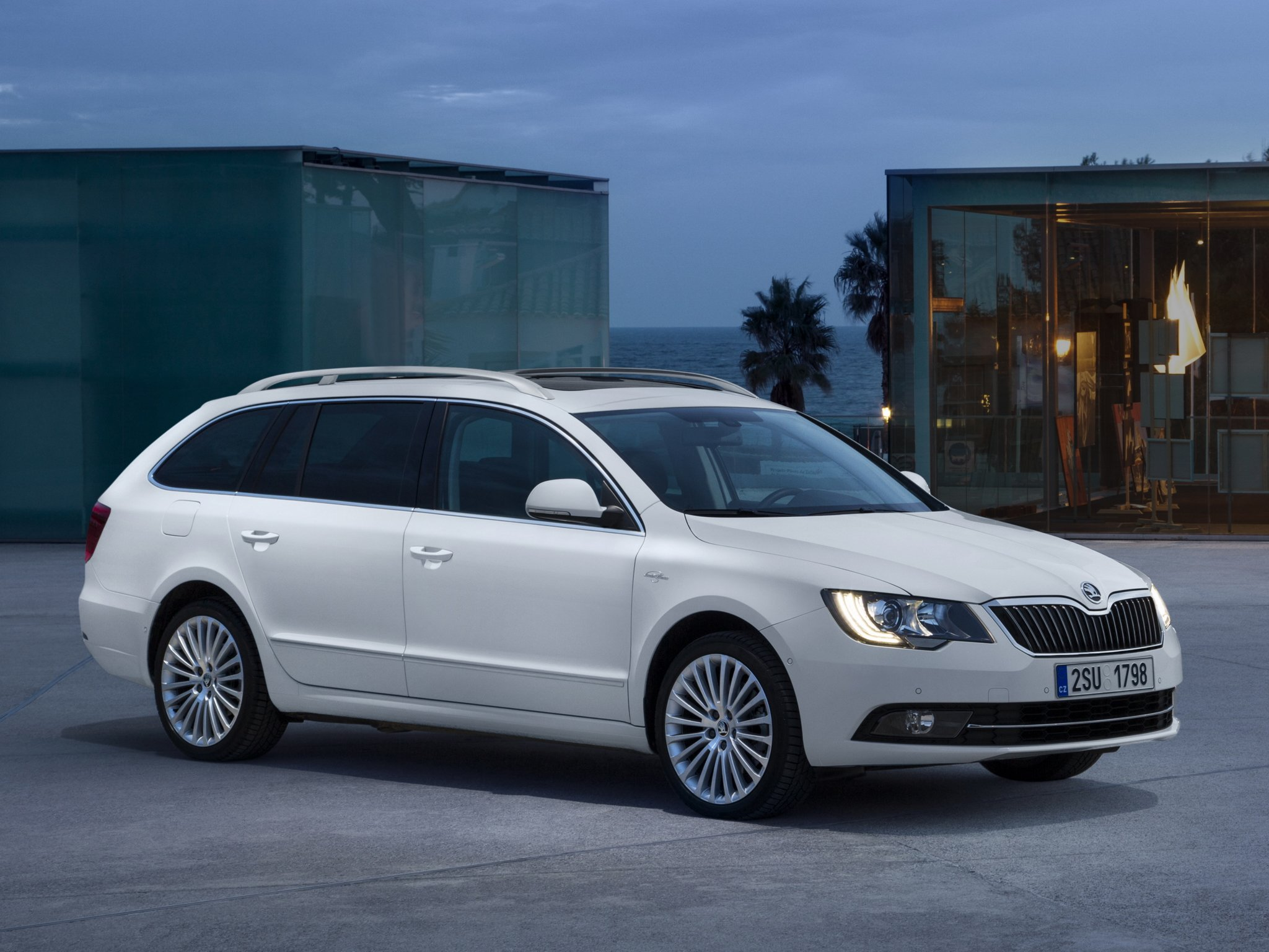 2014 skoda superb combi laurin klement stationwagon g wallpaper 2048x1536 298593 wallpaperup. Black Bedroom Furniture Sets. Home Design Ideas