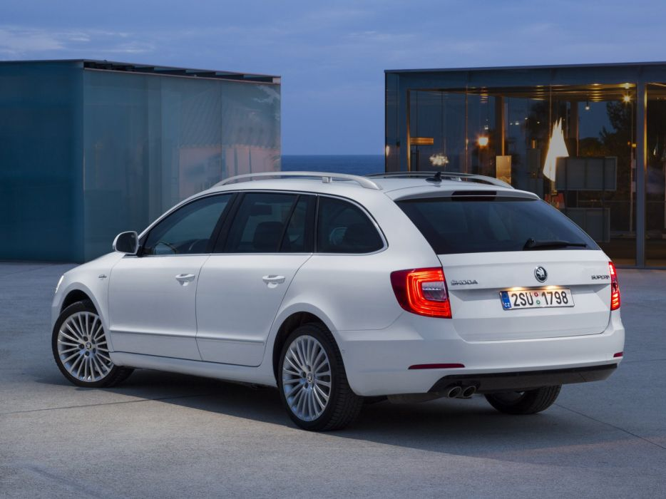 2014 Skoda Superb Combi Laurin Klement stationwagon      g wallpaper