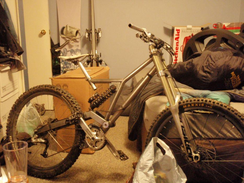 mountain bikes downhill wallpaper