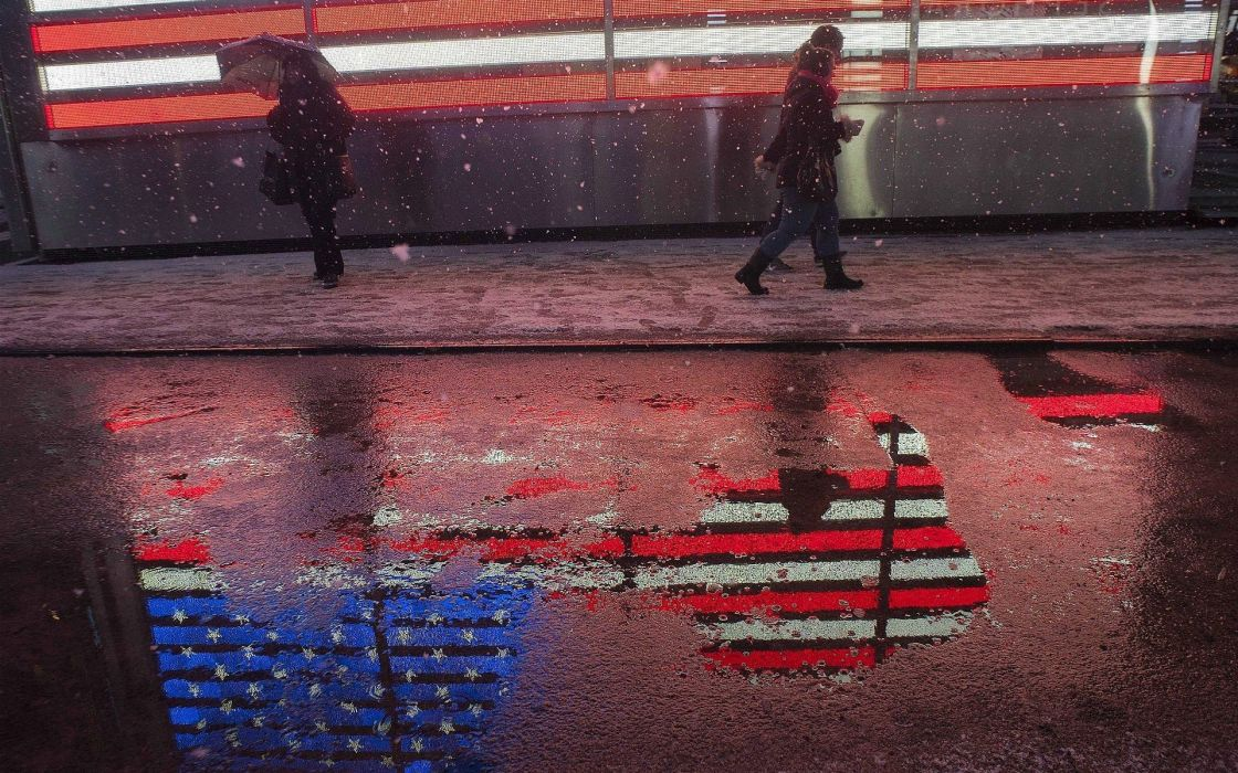 snow streets flags USA reflective wallpaper