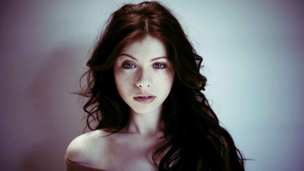women Michelle Trachtenberg wallpaper