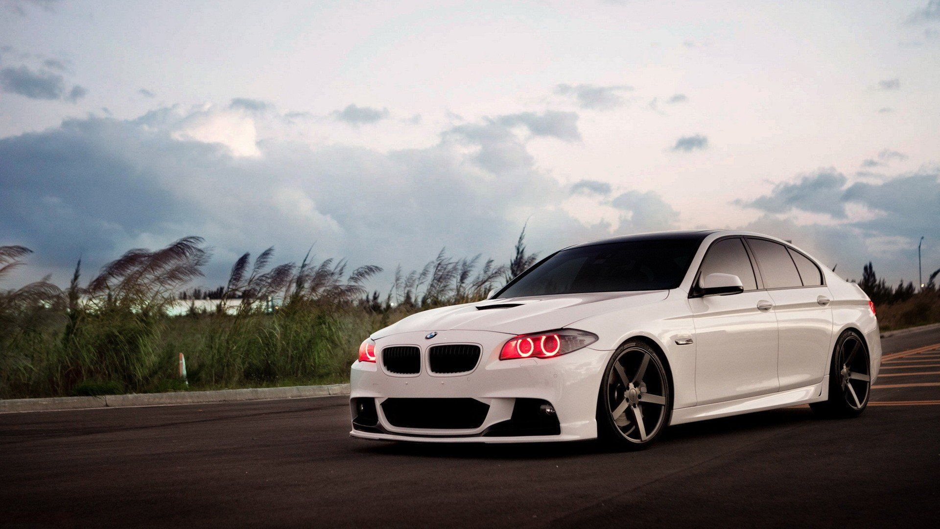 white tuning bmw 5 series wallpaper 1920x1080 299403 wallpaperup. Black Bedroom Furniture Sets. Home Design Ideas