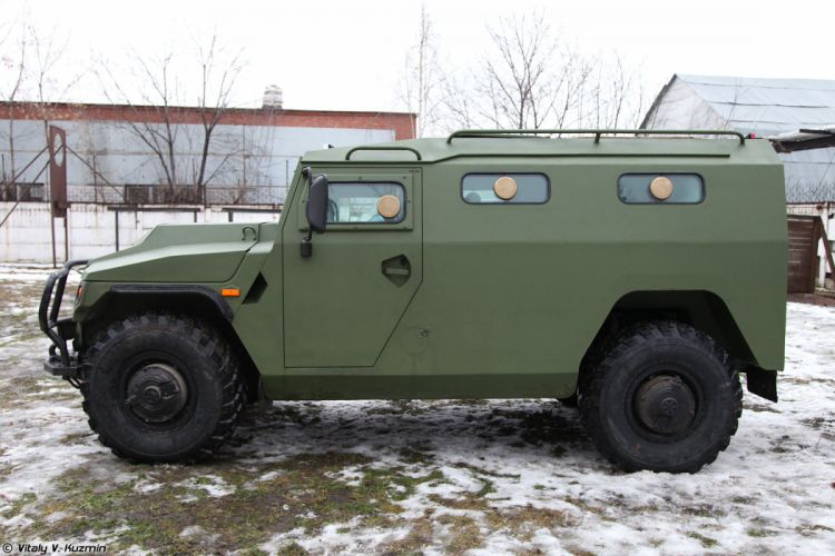 russian army gaz Special armored vehicle SBM VPK-233136 wallpaper