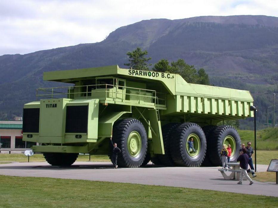 biggest-truck-in-the-world-Terex-Titan 1600x1200 wallpaper