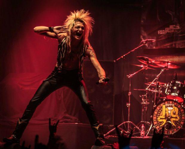 KISSIN DYNAMITE heavy metal concert f wallpaper