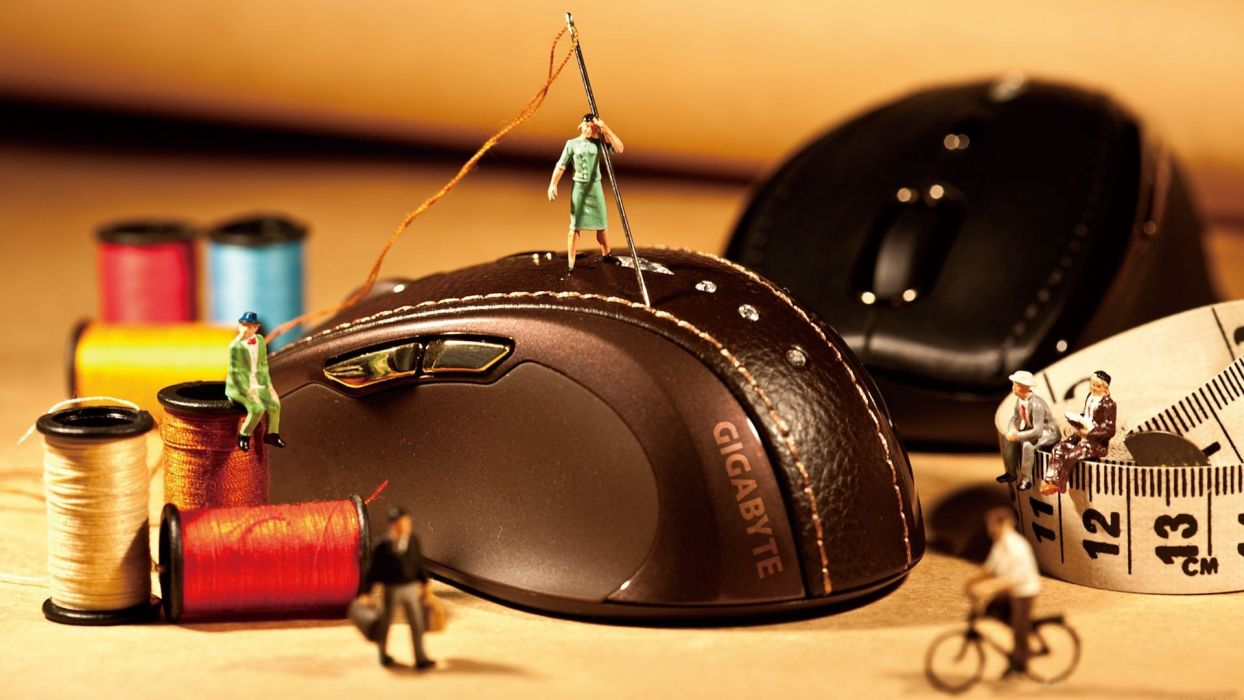macro Gigabyte yarn mice wallpaper