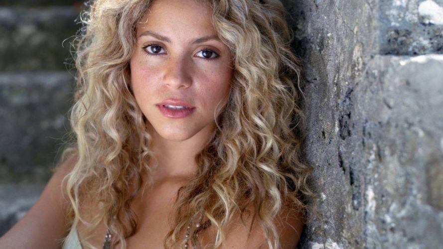 blondes women models Shakira singers faces wallpaper