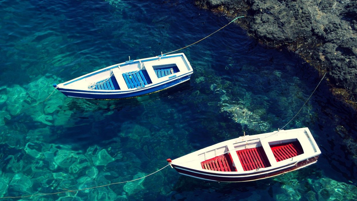 water blue red boats sea beaches wallpaper