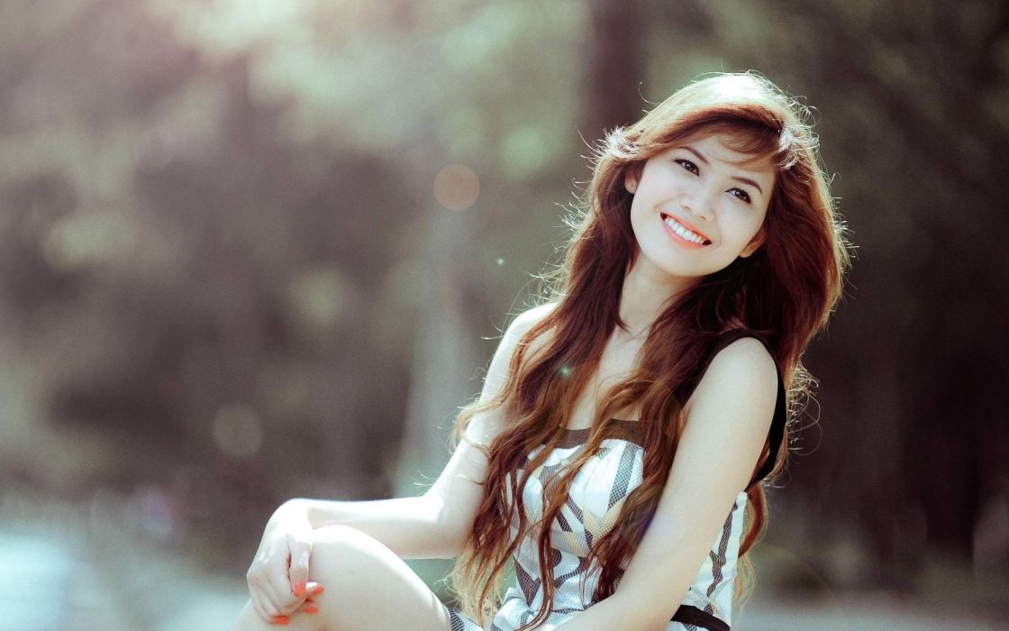 women smiley Asians wallpaper