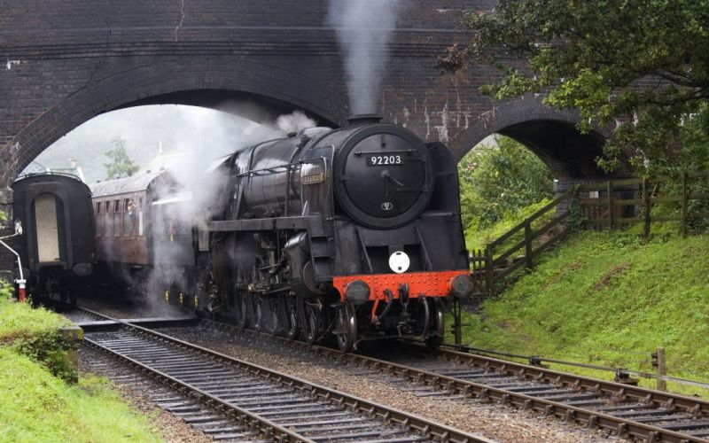 railroad tracks steam engine locomotives 9F Black Prince 2-10-0 wallpaper