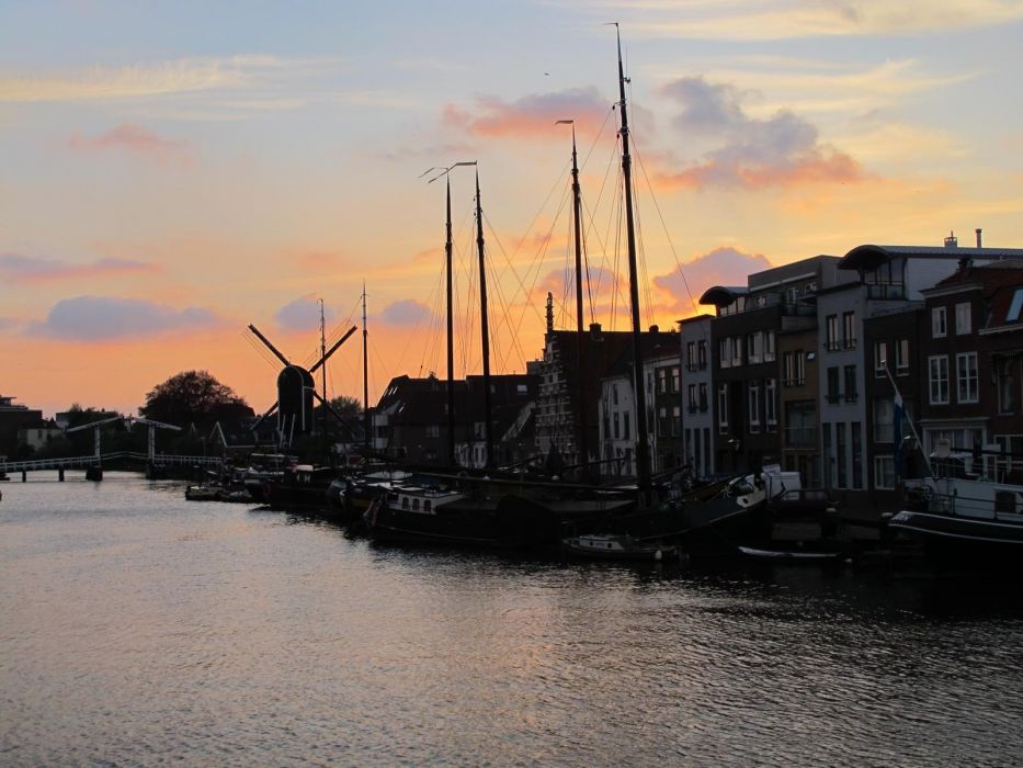 sunset cityscapes Holland wallpaper