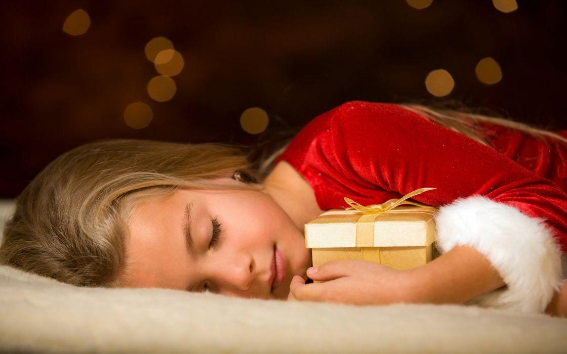 gifts sleeping wallpaper