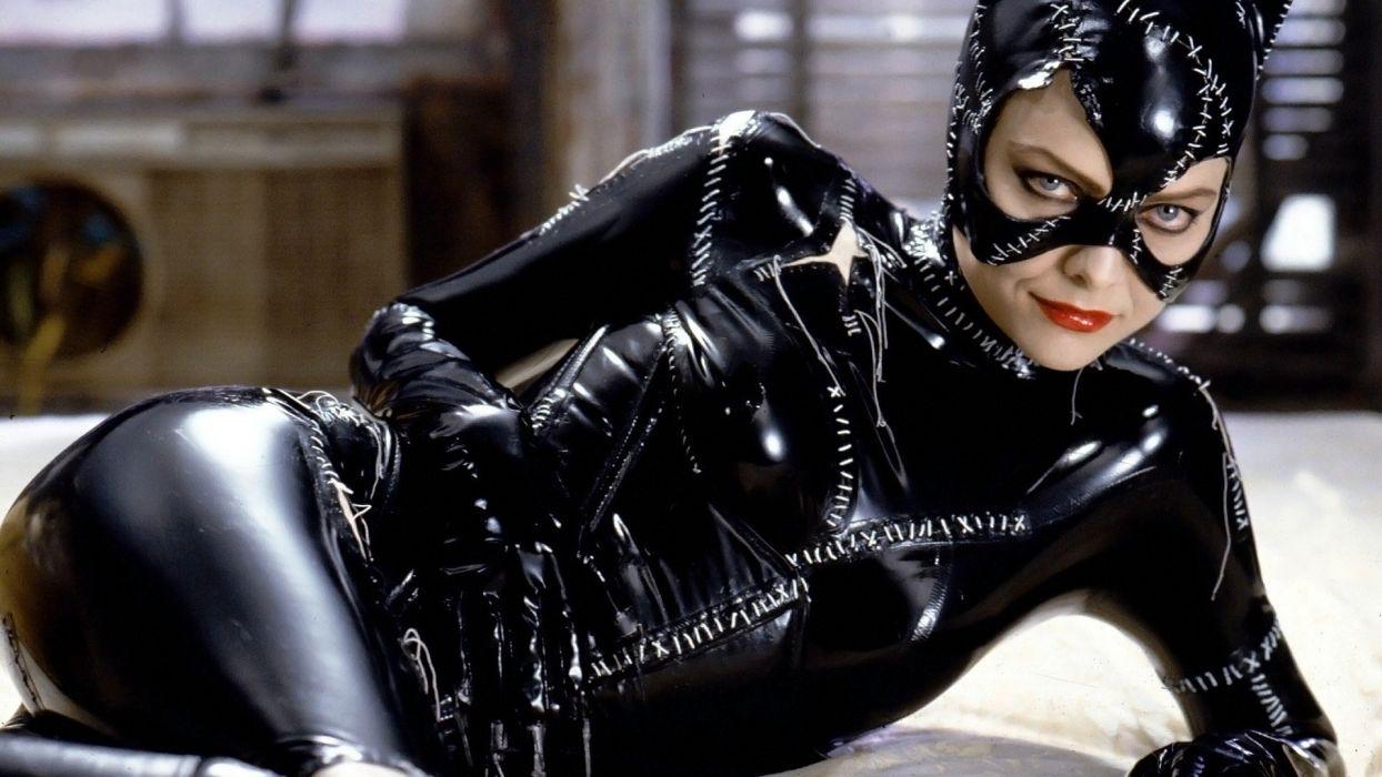women Batman Catwoman Michelle Pfeiffer Batman Returns wallpaper