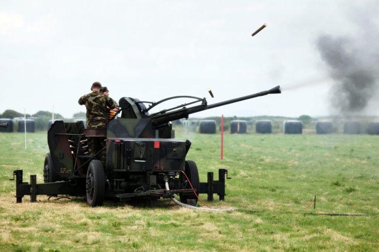 Bofors-EL-70-40mm-3 1600x1066 wallpaper