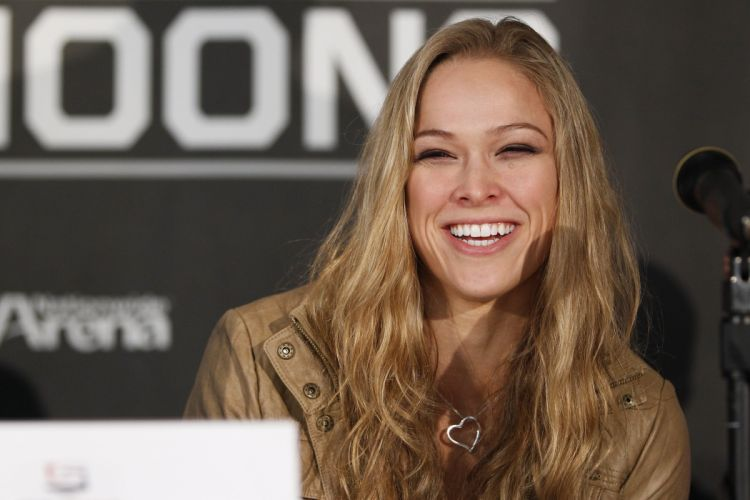 RONDA ROUSEY ufc mma mixed martial sexy babe blonde extreme (8) wallpaper