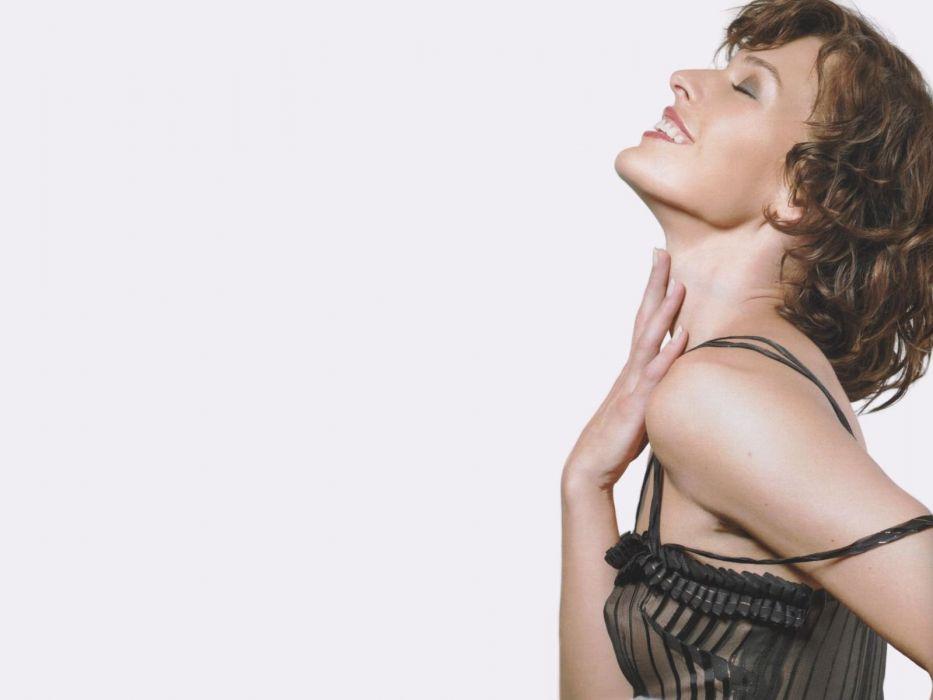 actress Milla Jovovich wallpaper