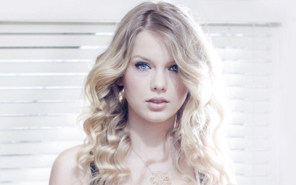 blondes women Taylor Swift celebrity singers earrings wallpaper