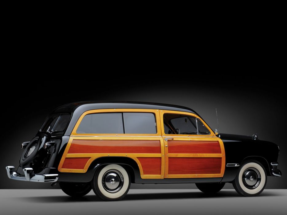 1950 Ford Custom DeLuxe Country Squire retro woody stationwagon   f wallpaper