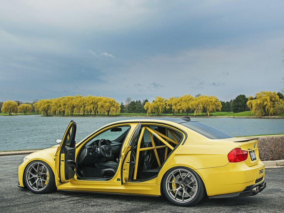 2013 IND BMW M-3 Sedan Dakar Yellow (E90) tuning interior    g wallpaper