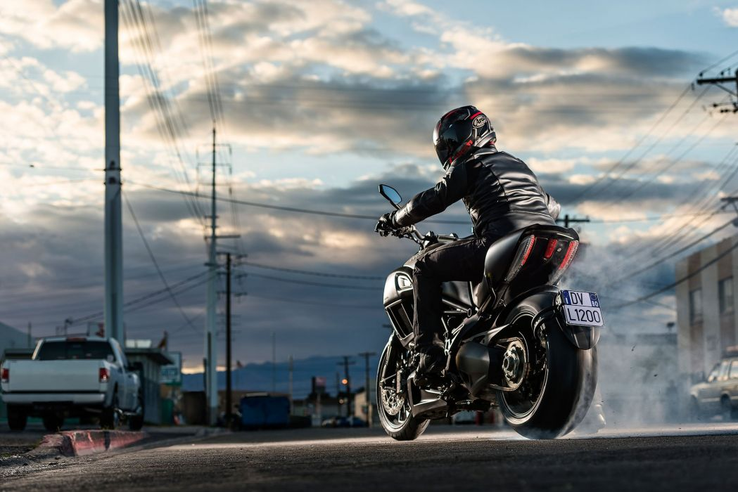 2015 Ducati Diavel motorbike bike motorcycle     h wallpaper