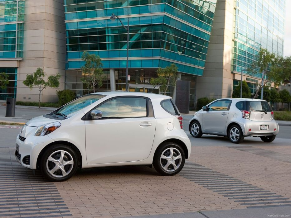 Scion-iQ 2012 1600x1200 wallpaper 15 wallpaper