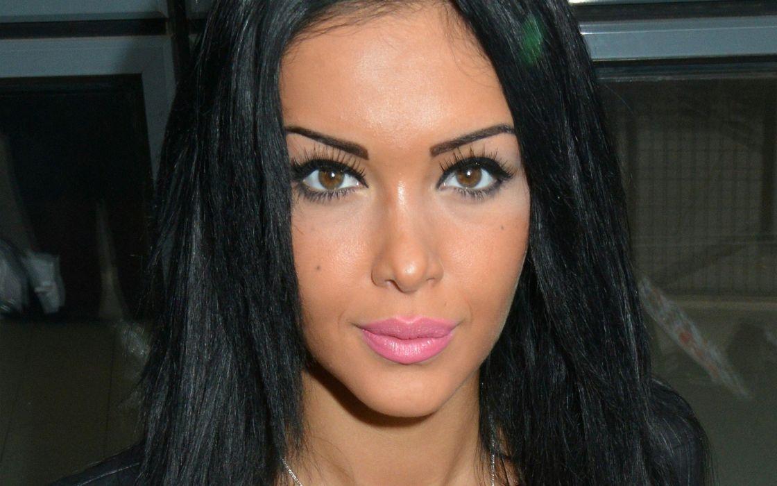 brunettes women eyes lips faces black hair Nabilla Benattia wallpaper