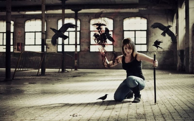 Girl Sword Crows wallpaper