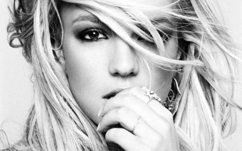 Britney Spears singers monochrome wallpaper