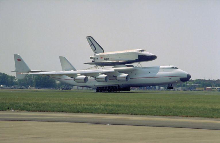 space shuttle buran russian space cccp urrs soviet vkk antonov mirya le bourget wallpaper