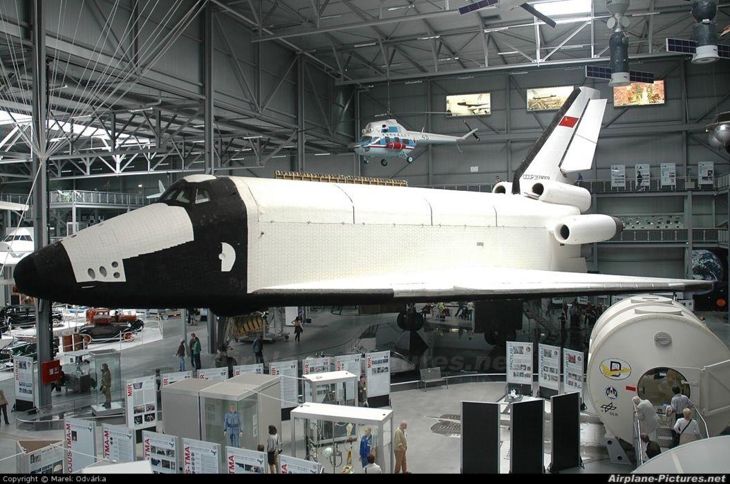 space shuttle buran russian space cccp urrs soviet vkk wallpaper