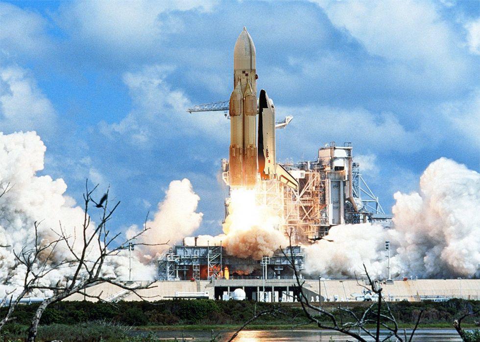 space shuttle buran russian space cccp urrs soviet launching base baykunur wallpaper