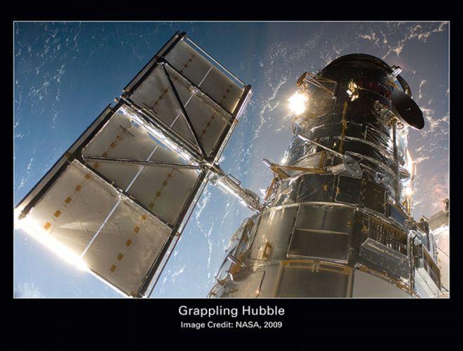 grappling hubble nasa telescope space 1584x1200 wallpaper