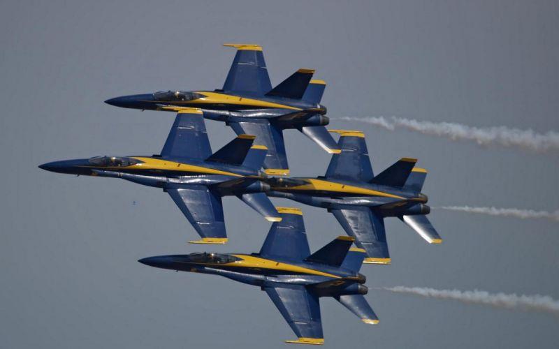 aircraft blue angels FA-18 Hornet contrails wallpaper