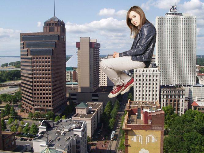Ellen Page Memphis giant woman photo manipulation wallpaper
