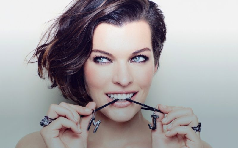 women close-up eyes actress celebrity Milla Jovovich simple background Cosmopolitan magazine wallpaper