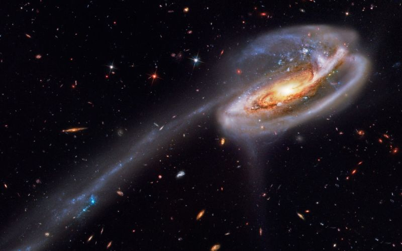 outer space galaxies tadpole galaxy wallpaper
