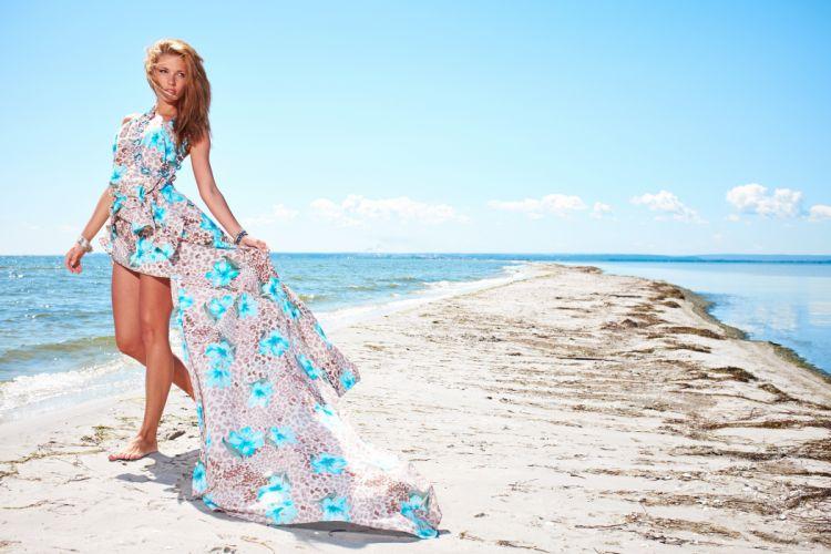 Coast Dark Blonde Dress Legs Sand Girls model mood wallpaper