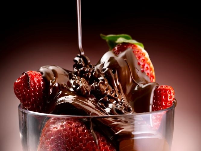 glass dessert Sweets Strawberry Chocolate Food wallpaper