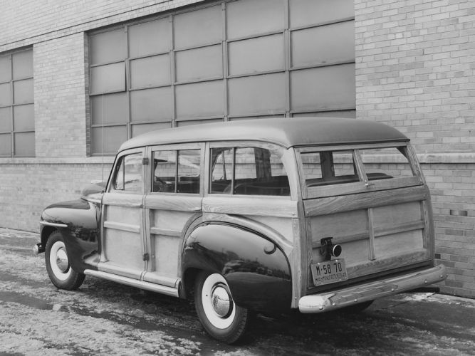 1947 Plymouth Special DeLuxe StationWagon (P15C) woody retro g wallpaper